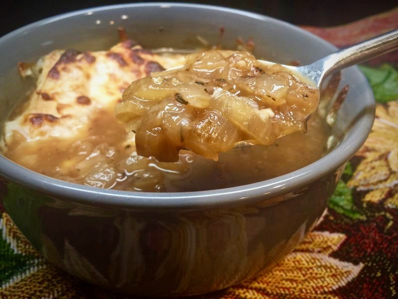 winetraveleats.com - Delicious Rustic French Onion Soup Recipe