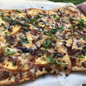 Recipe of the week – Bacon and Nectarine Pizza – April